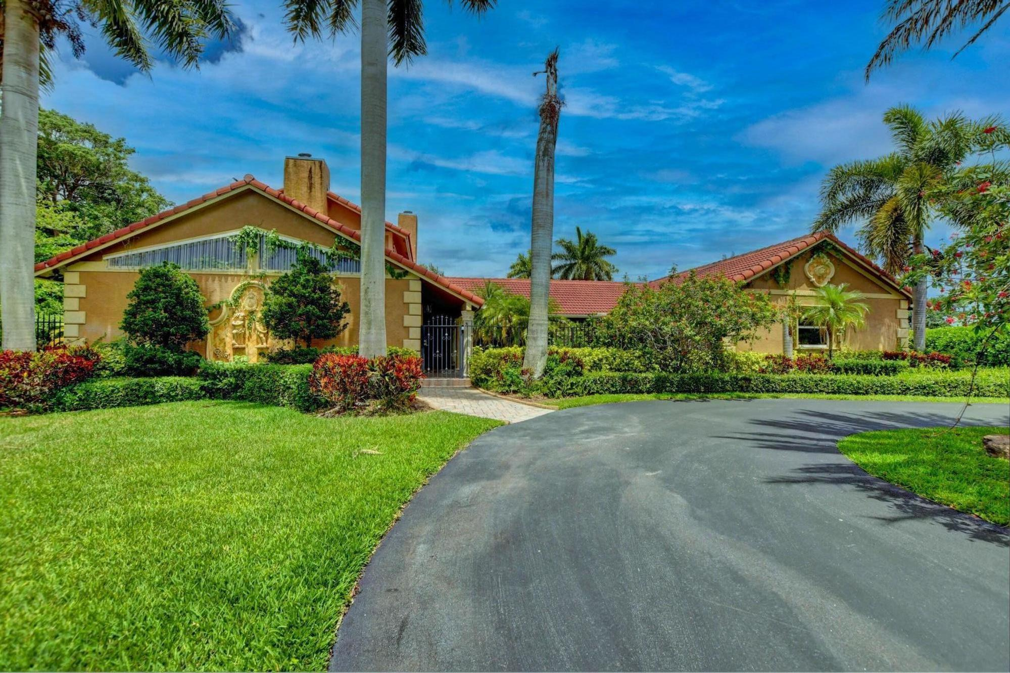 11301  Timberlodge Terrace  For Sale 10712196, FL