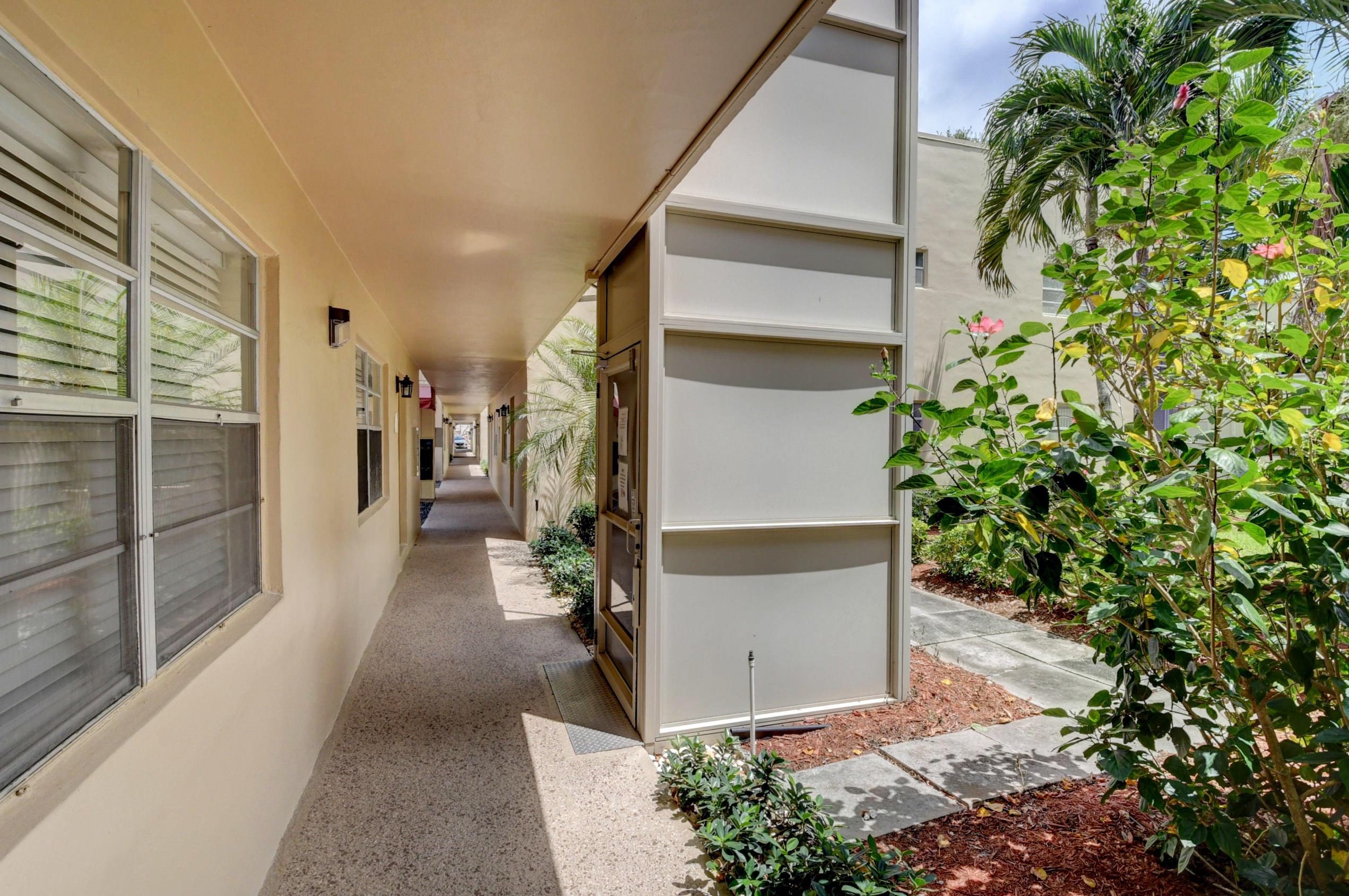 417 Capri I Delray Beach, FL 33484 photo 23