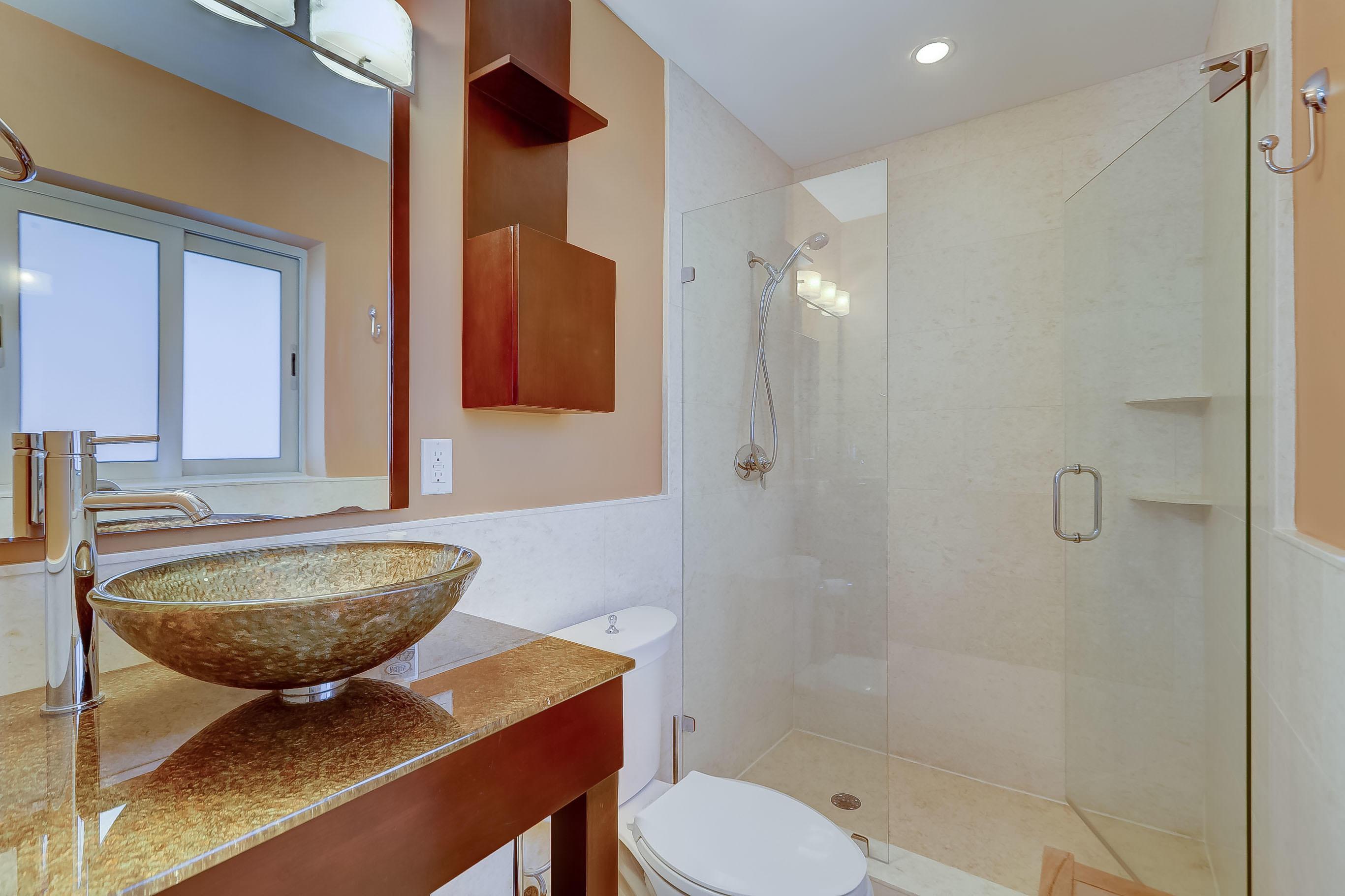 Elegant Ensuite Bath