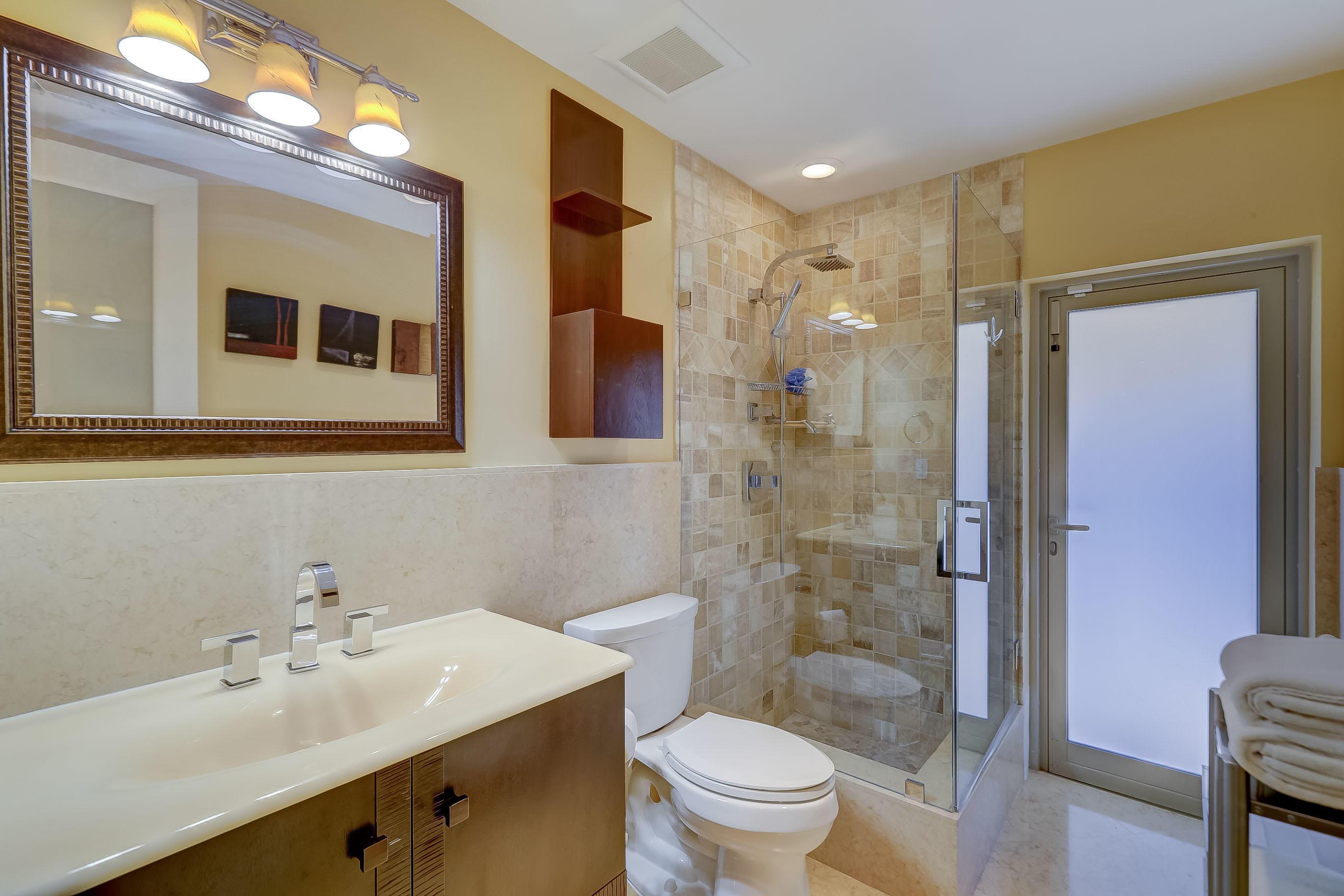Cabana/Guest Bath