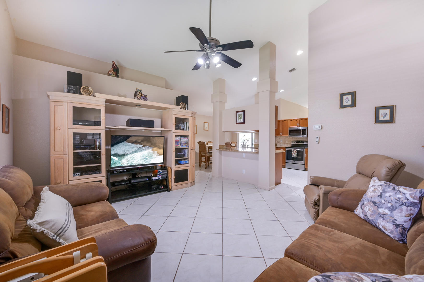 7064 Thunder Bay Drive Lake Worth, FL 33467 photo 9