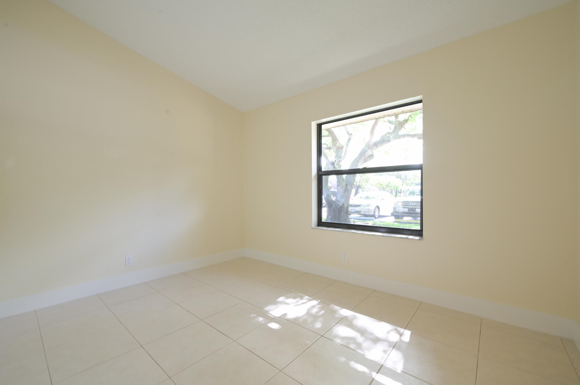 71 Via De Casas Norte Boynton Beach, FL 33426 photo 16