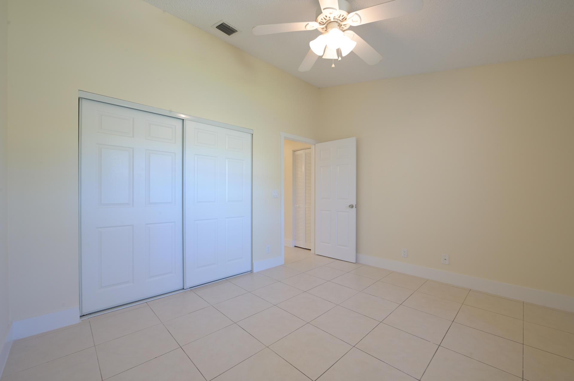 71 Via De Casas Norte Boynton Beach, FL 33426 photo 18