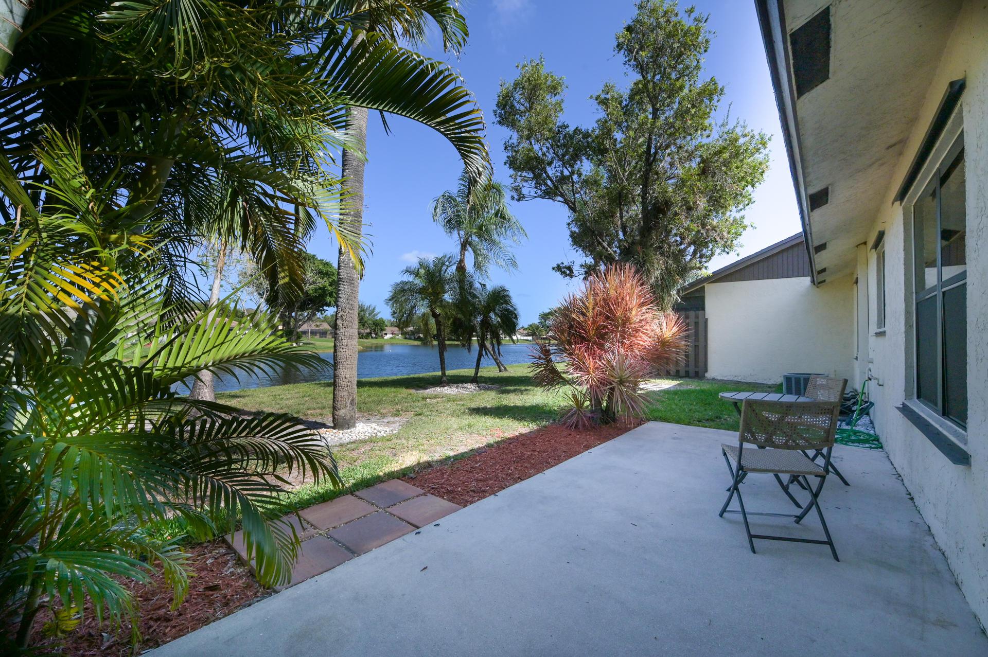 71 Via De Casas Norte Boynton Beach, FL 33426 photo 20