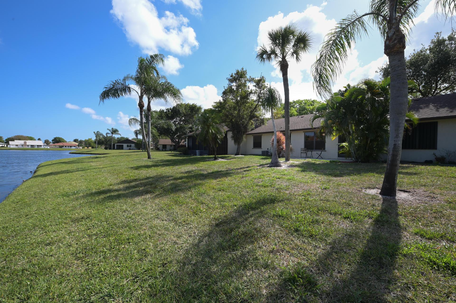 71 Via De Casas Norte Boynton Beach, FL 33426 photo 21