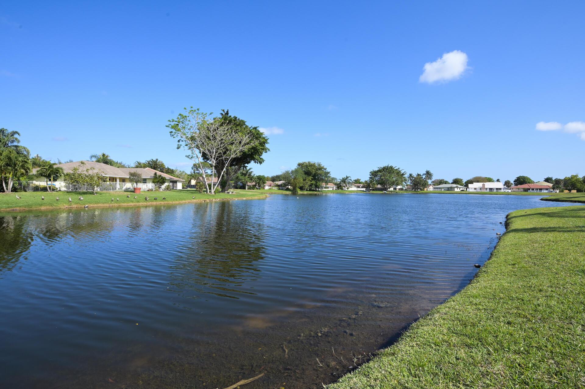 71 Via De Casas Norte Boynton Beach, FL 33426 photo 22
