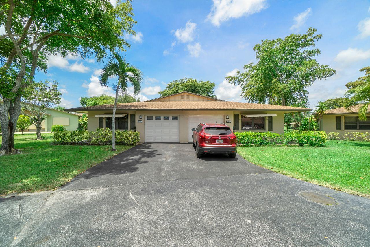 1669  Palmland Drive  For Sale 10712394, FL