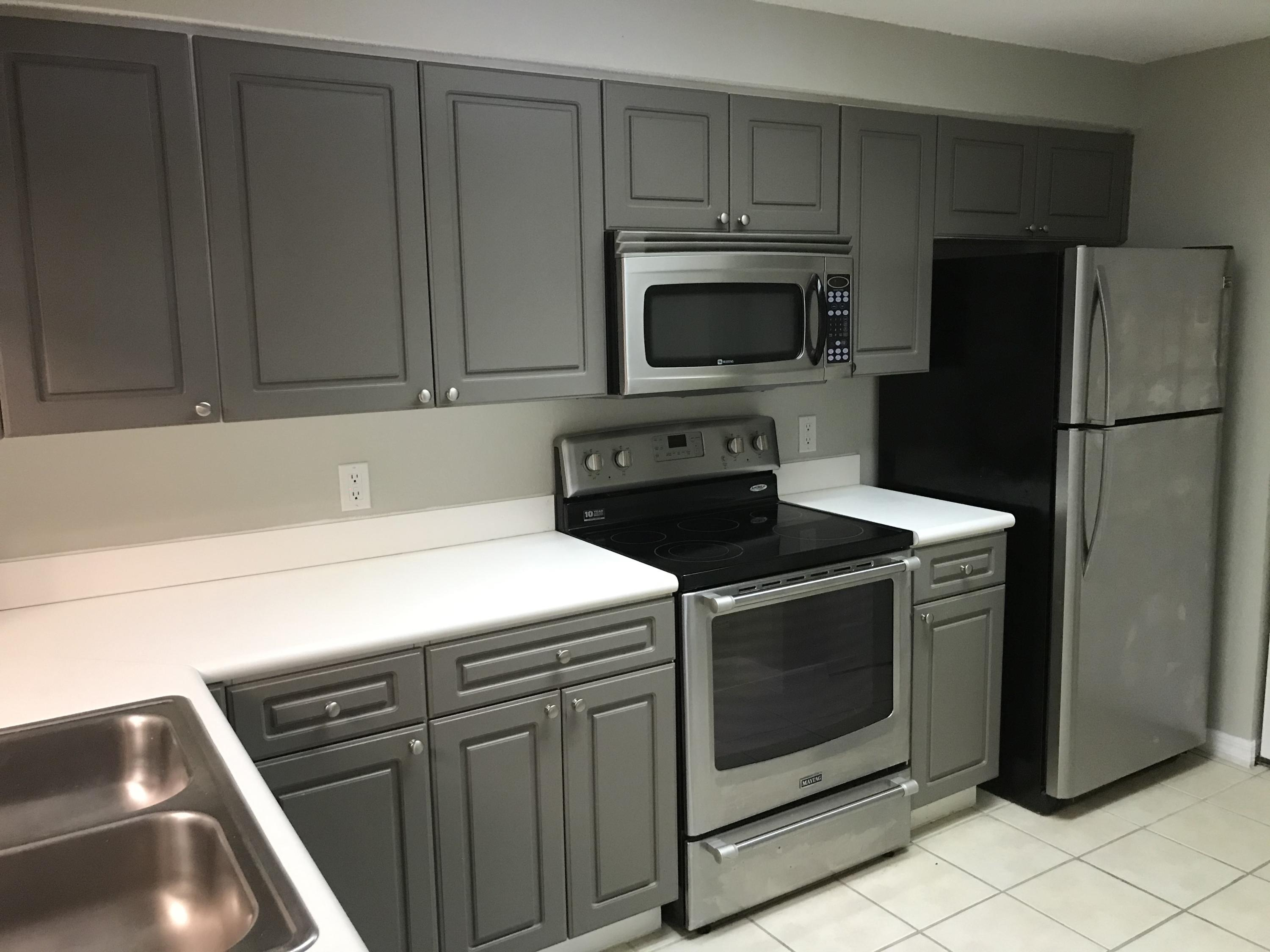 HIGHLY SOUGHT AFTER 1 BEDROOM & 1 BATHROOM 2ND FLOOR CONDO IN DESIRABLE SAN MATERA IN PALM BEACH GARDENS. UNIT HAS NEWER WOOD FLOORS THROUGH OUT (NO CARPET), NEWER APPLIANCES, NEWLY PAINTED INSIDE, LARGE WALK IN CLOSET, INSIDE FULL SIZE WASHER AND DRYER, COVERED AND SCREENED BALCONY, READY FOR NEW TENANT.