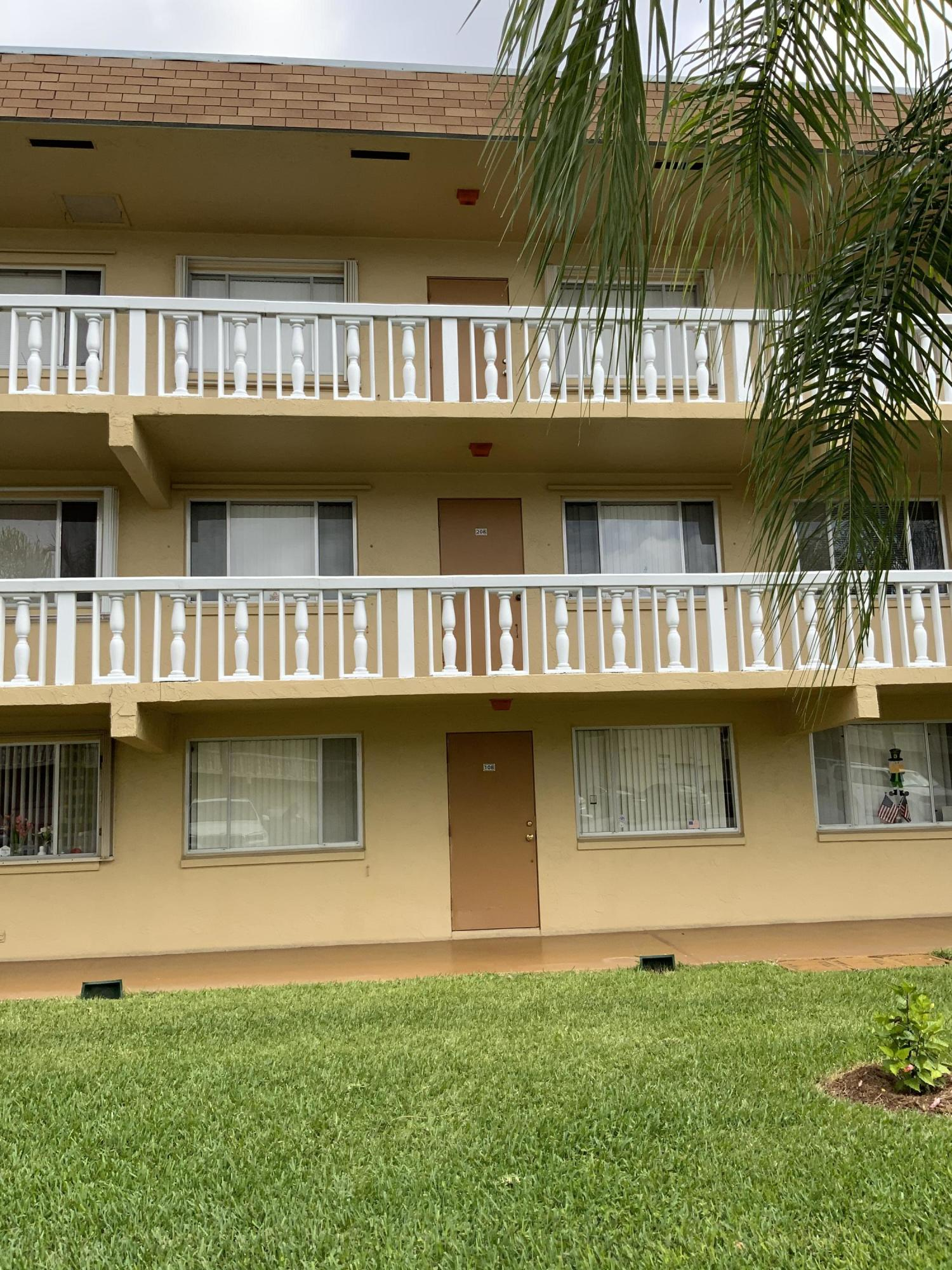 600 Village Green Court #108 - 33461 - FL - Palm Springs