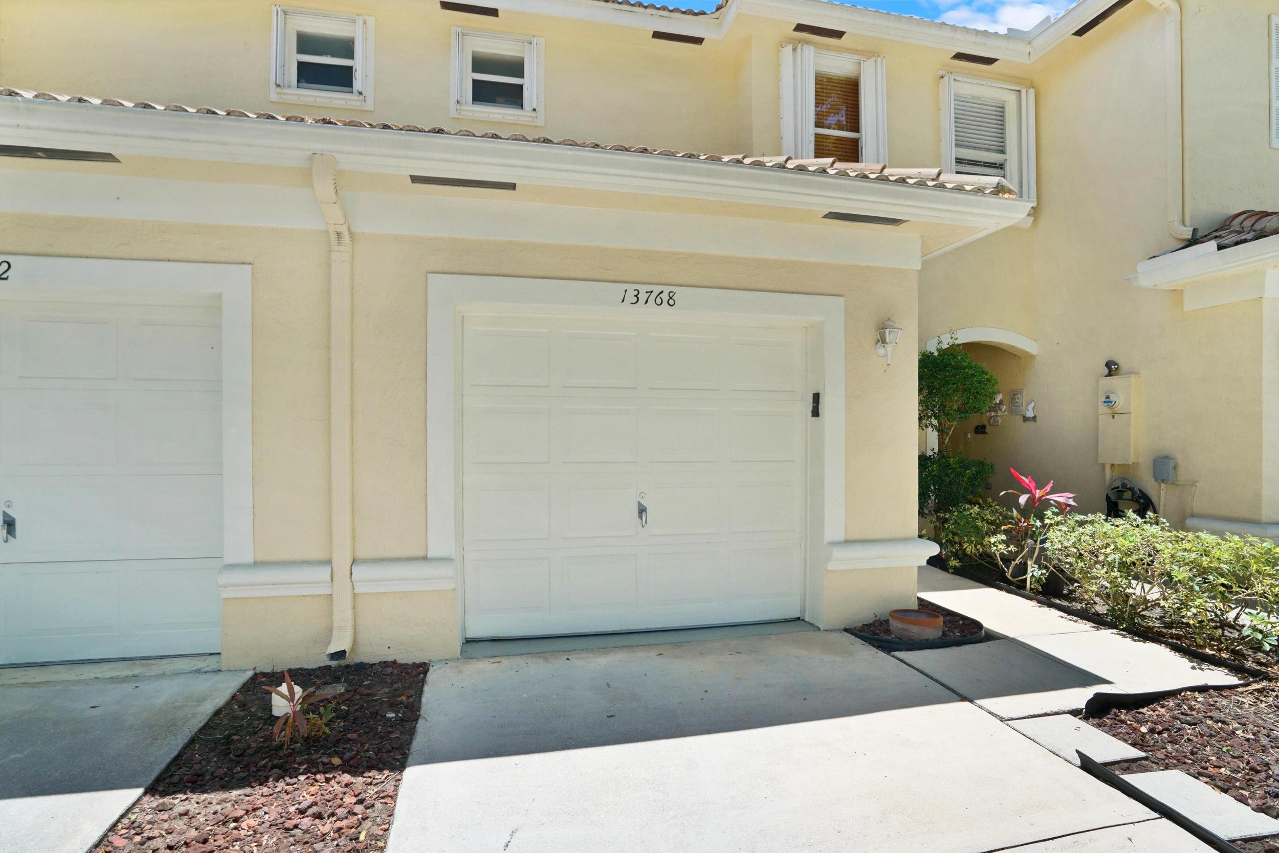 13768  Creston Place  For Sale 10712709, FL