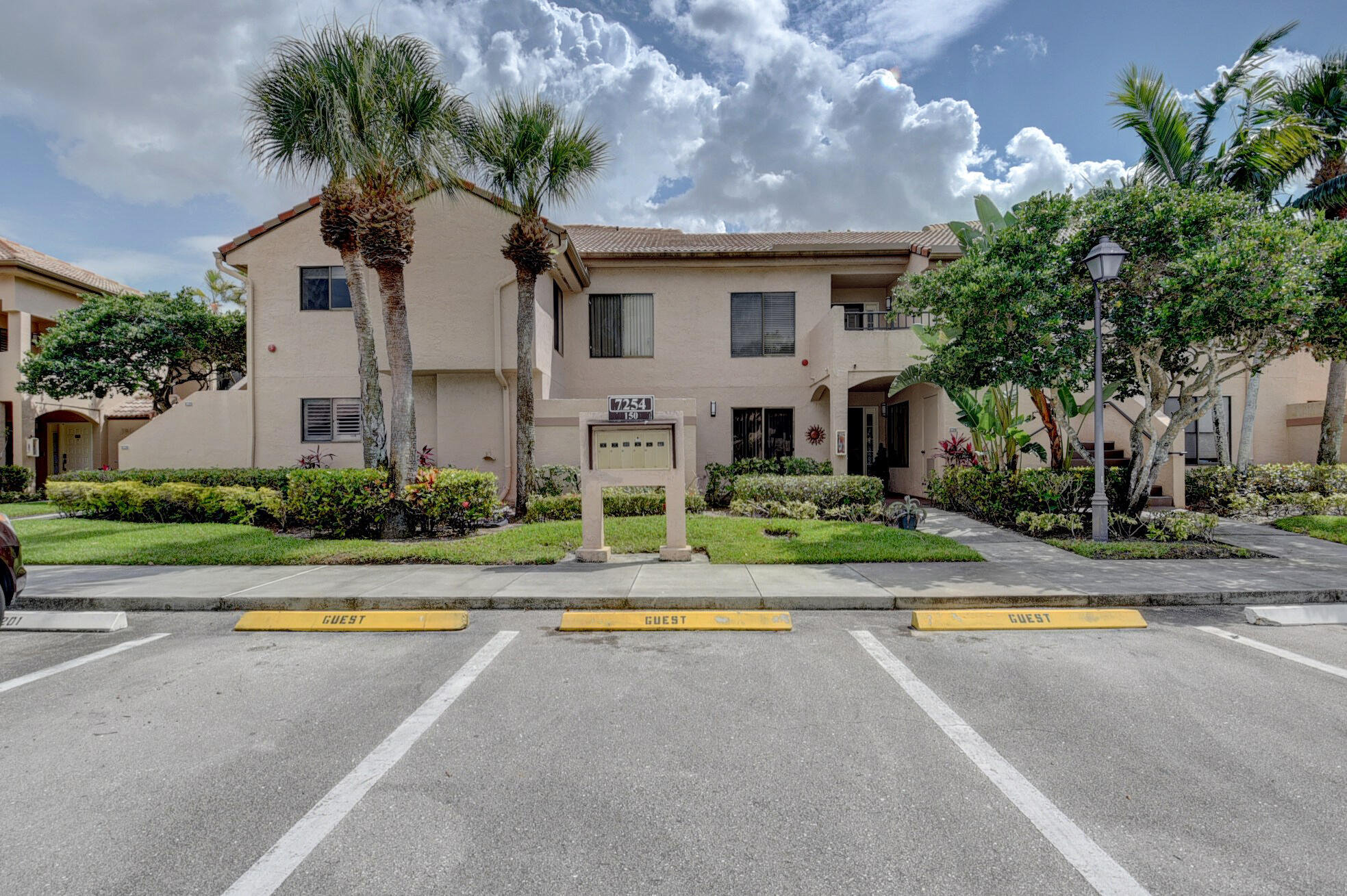 7254  Clunie Place 15003 For Sale 10709068, FL