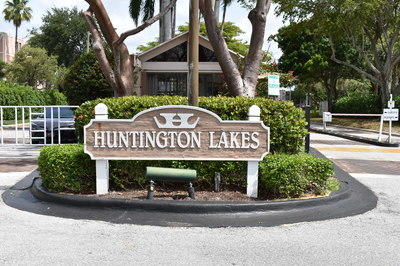 7145  Huntington Lane 303 For Sale 10712514, FL
