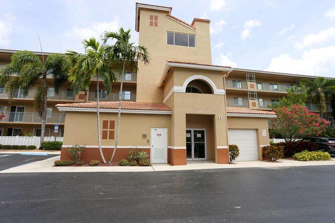 5777  Gemstone Court 204 For Sale 10710475, FL