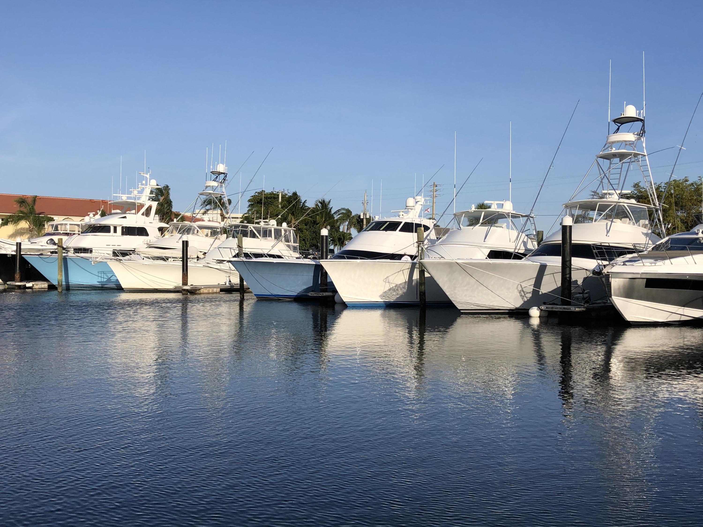 118  Yacht Club Drive 2 For Sale 10712739, FL