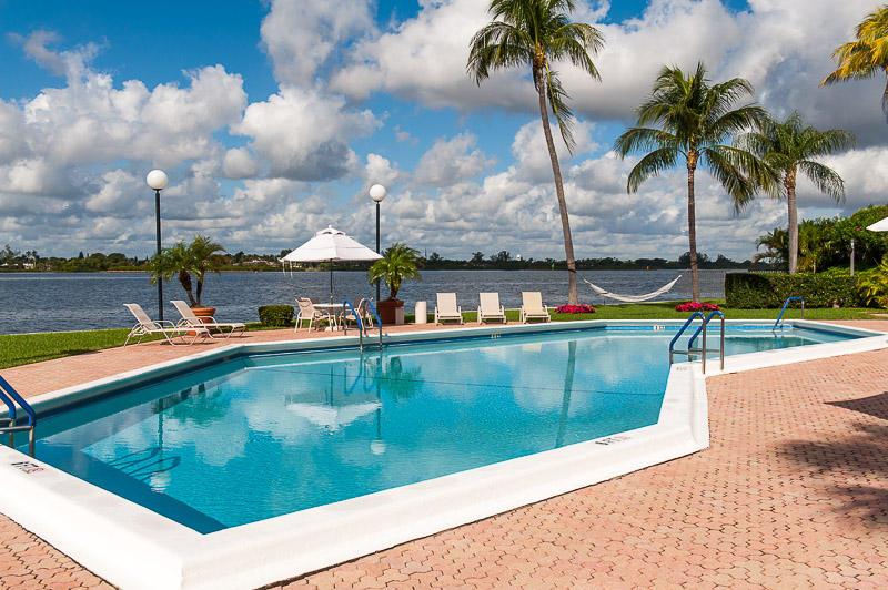 2778 S Ocean Boulevard 407s For Sale 10712924, FL