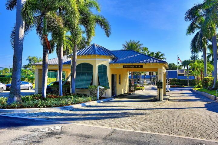 Boca Bayou Guard Gate