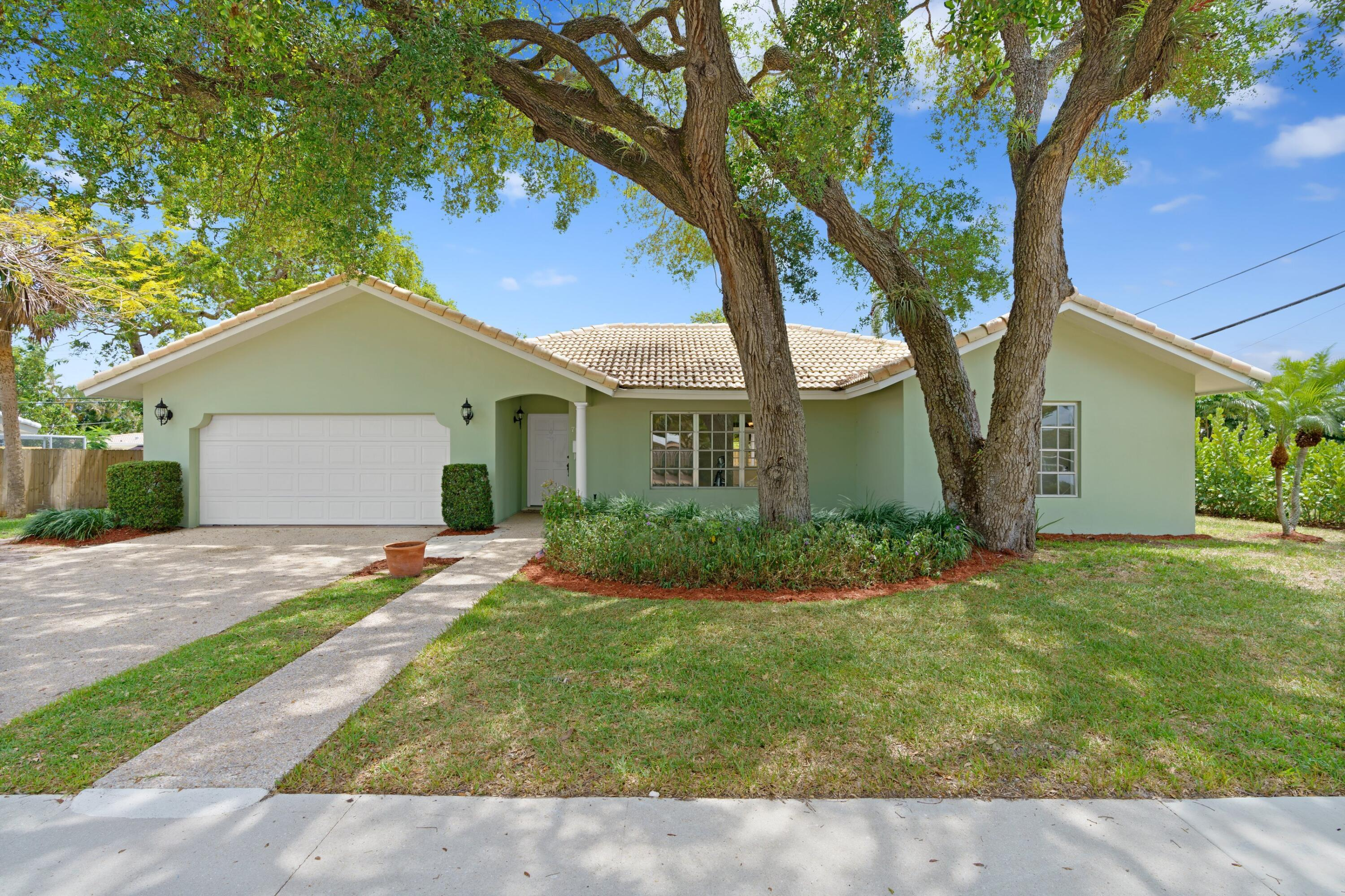 WOW! RARE ONE-STORY 5 BEDROOM HOME BOCA RATON SQUARE IN ADDISON MIZNER SCHOOL DISTRICT! Open House Sat & Sun, May 8 & 9 1-3 PM. No HOA! Bright Open Floor Plan, 5 BA, 2 1/2 BA, 2 GA. Huge Tropical Backyard with New Fence, Pool & Open Patio! French Doors Open to Sunroom. Stunning Kitchen, Granite Countertops, Custom Built Wood Cabinets, Stainless Steel Appliances. Serving Bar, & Recessed Lighting. Formal Dining Room. Extra Large Master Bedroom, Walk-In Closets, Tile Floors. Jacuzzi Bath Tub! Tons of Closet Space! New Carpets! Roof 2018. Pool Heater 2017. A/C 2019. Painted Interior & Exterior 2021. New Whole House Generator. Updated Electric Panel. New Light Fixtures & Fans Throughout.  Bike to Beach! Minutes to FAU, Downtown Mizner Park, Atlantic Ave & so much more!