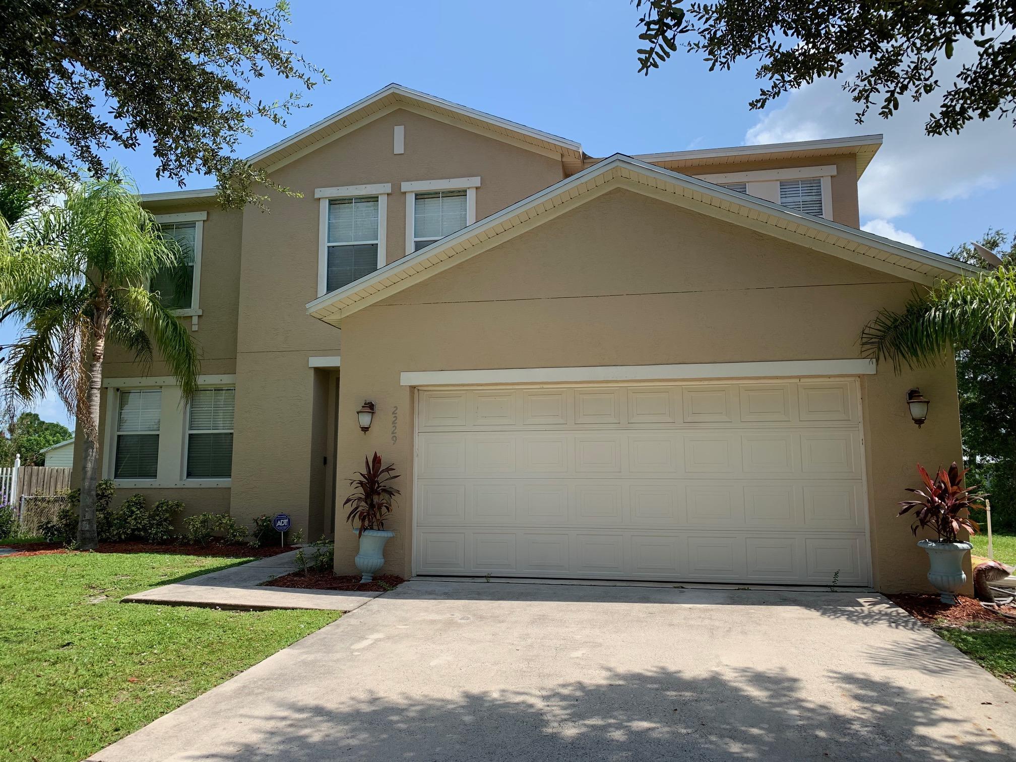 2229 SW Lawrence Street Port Saint Lucie, FL 34953