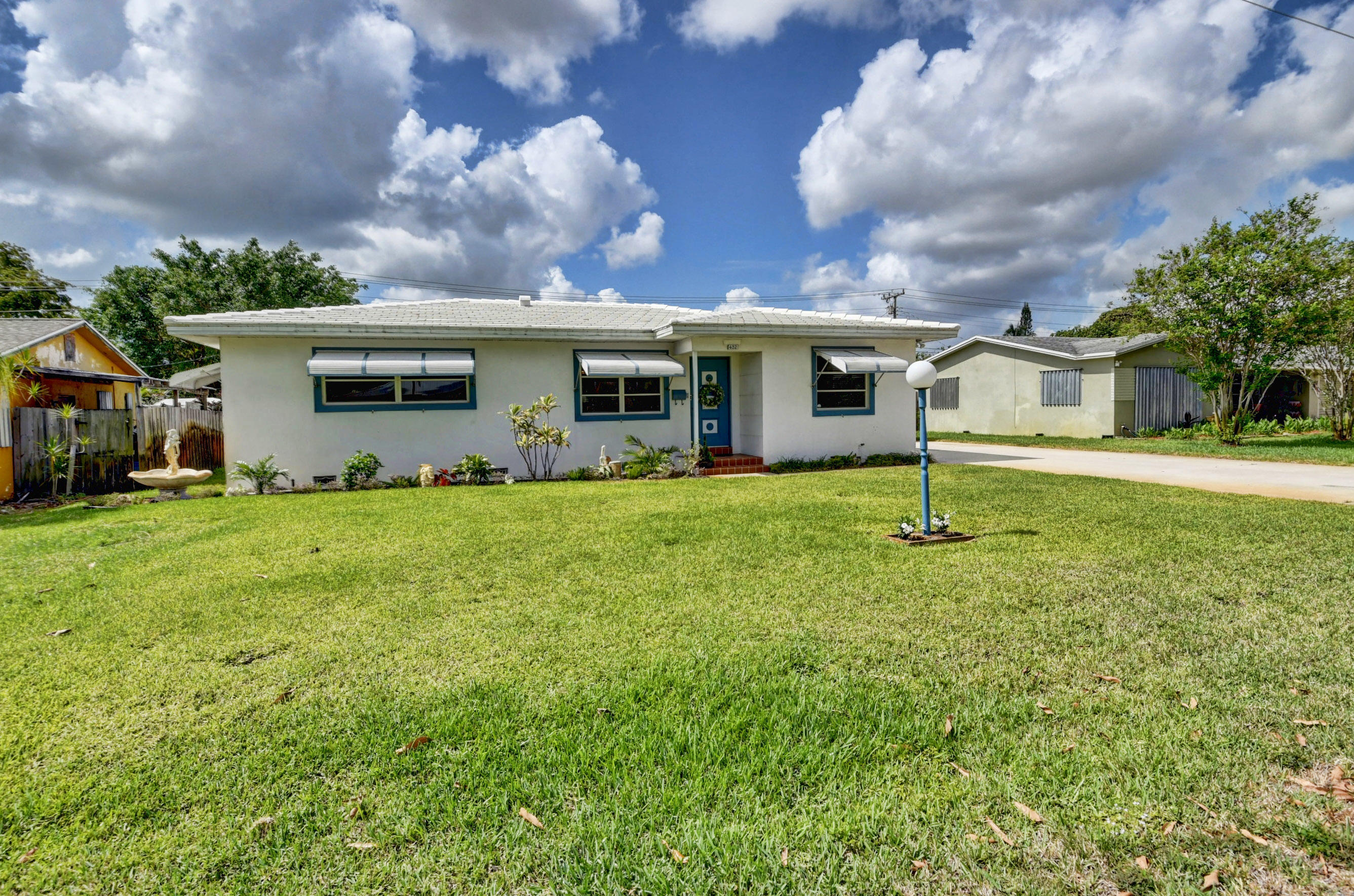 432 SW 2nd Avenue  For Sale 10713178, FL