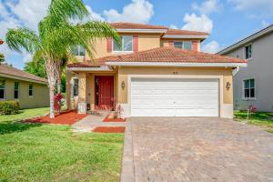 811 Palm Tree Lane, Haverhill, FL 33415