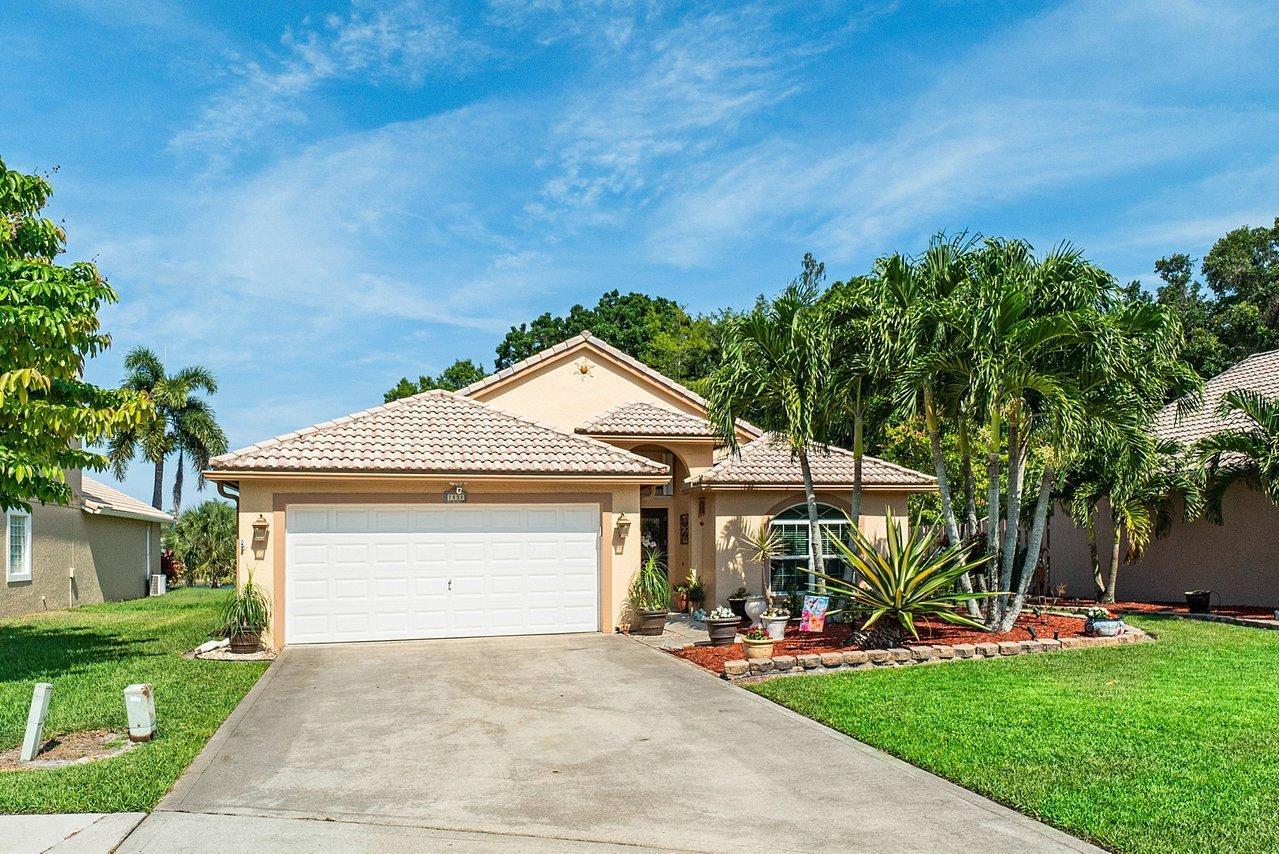 1838 Oak Berry Circle Wellington, FL 33414