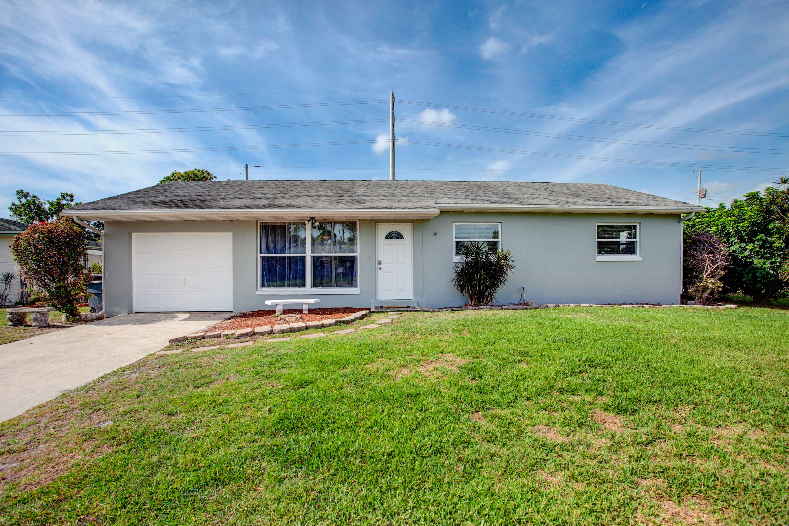 2298 W Lakewood Road West Palm Beach, FL 33406