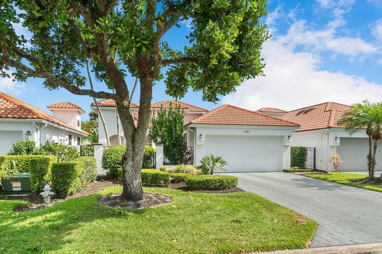 2161 NW 59th Street  For Sale 10713520, FL
