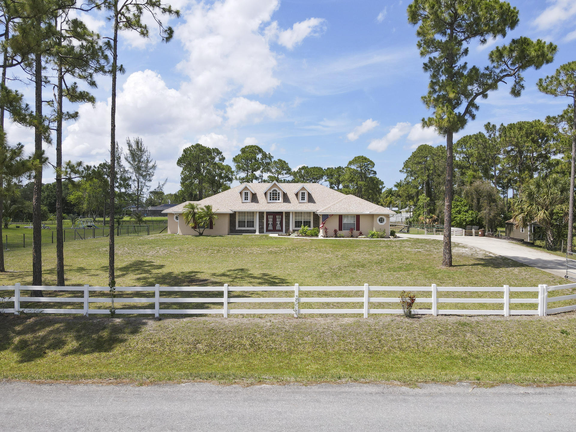 Home for sale in The Acreage The Acreage Florida