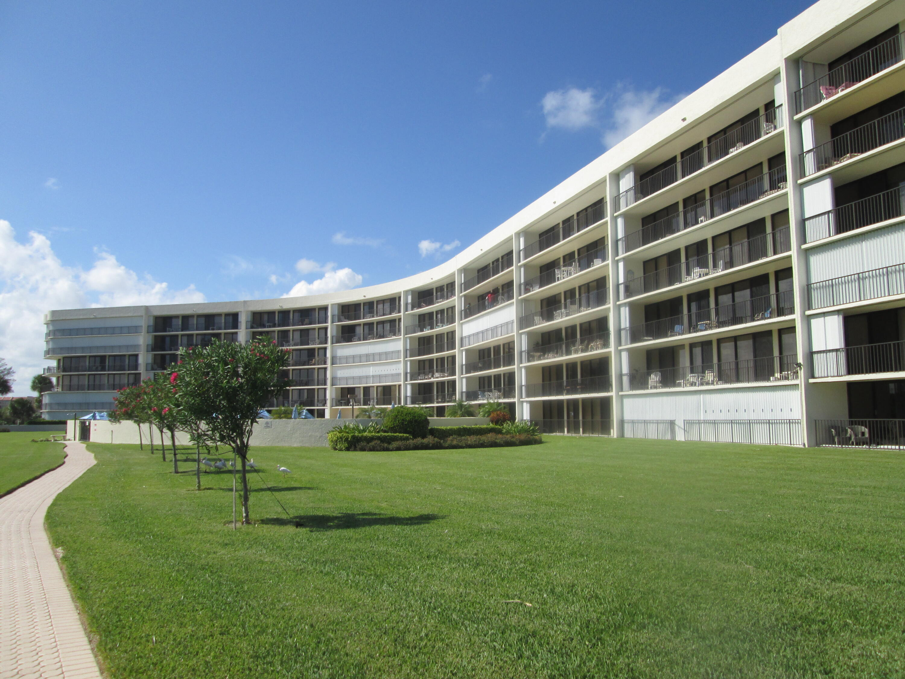 1300 S Highway A1a  408 For Sale 10713448, FL
