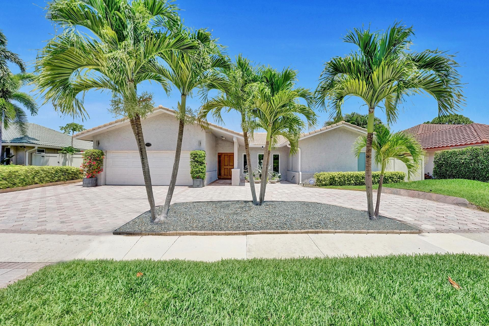1341 SW 21st Lane  For Sale 10713501, FL