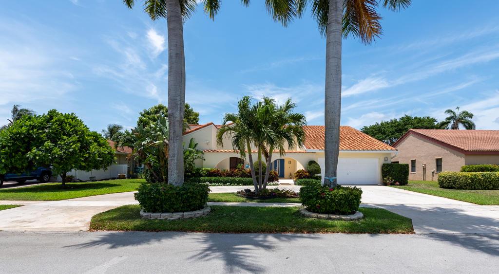 2663 SW 23rd Cranbrook Drive  For Sale 10713548, FL