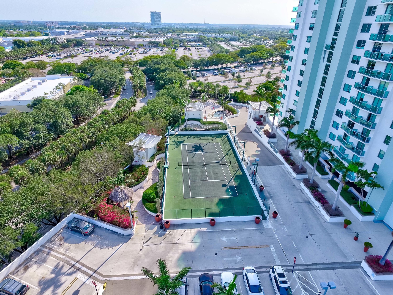 Aerial picture - Tennis court