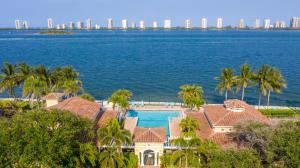 1020 Lake Shore Drive, 202, Lake Park, FL 33403