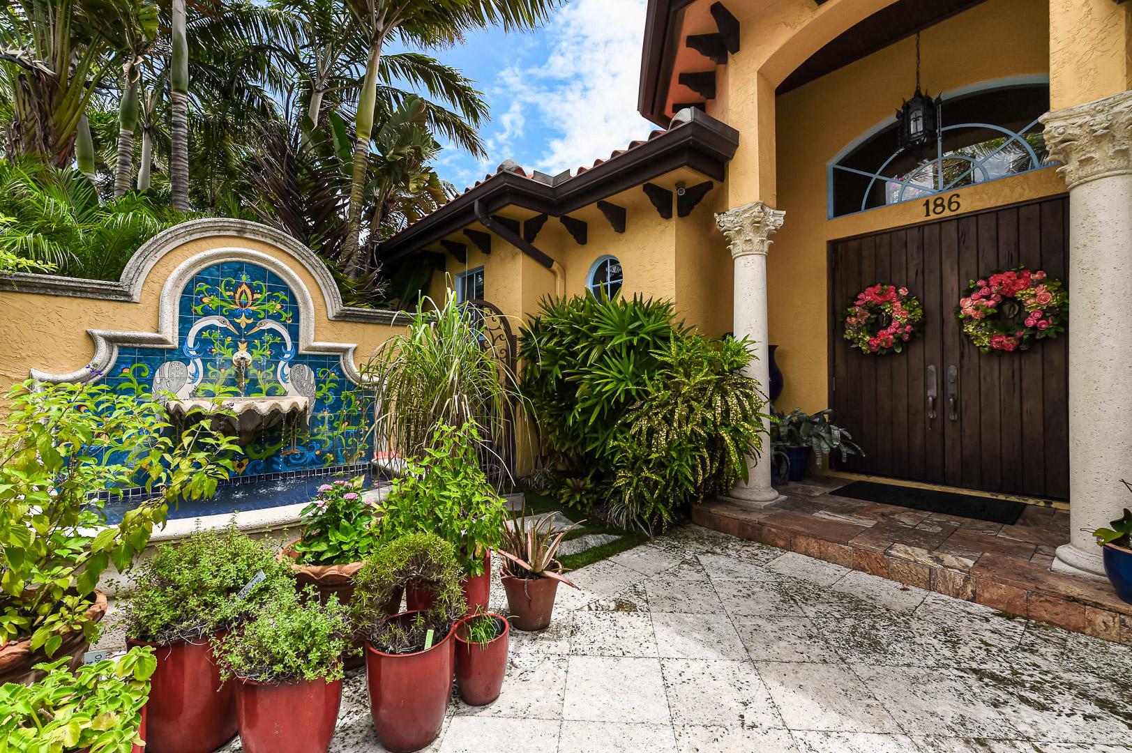 186 Monceaux Road West Palm Beach, FL 33405 photo 2