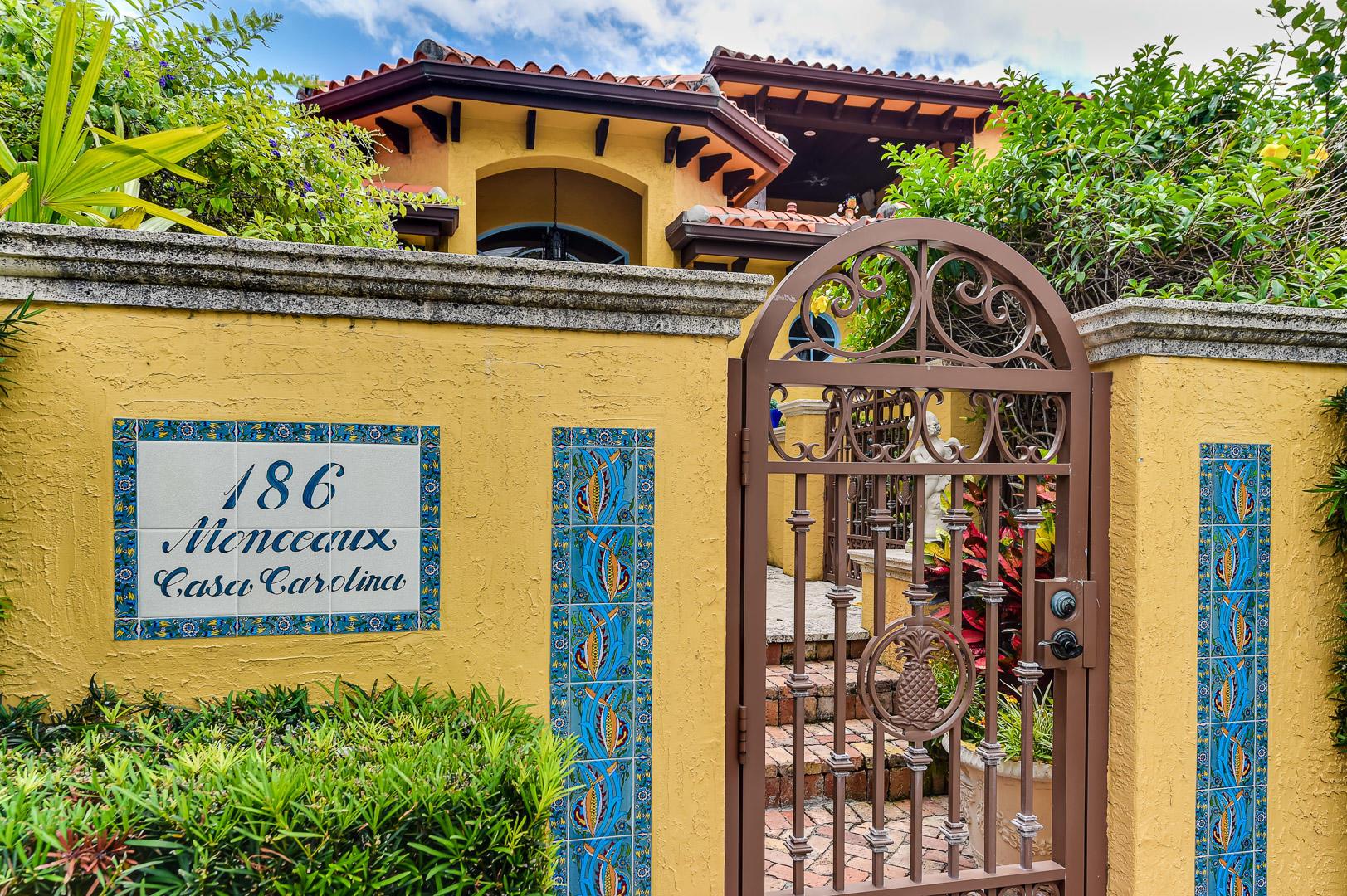 186 Monceaux Road West Palm Beach, FL 33405 photo 1