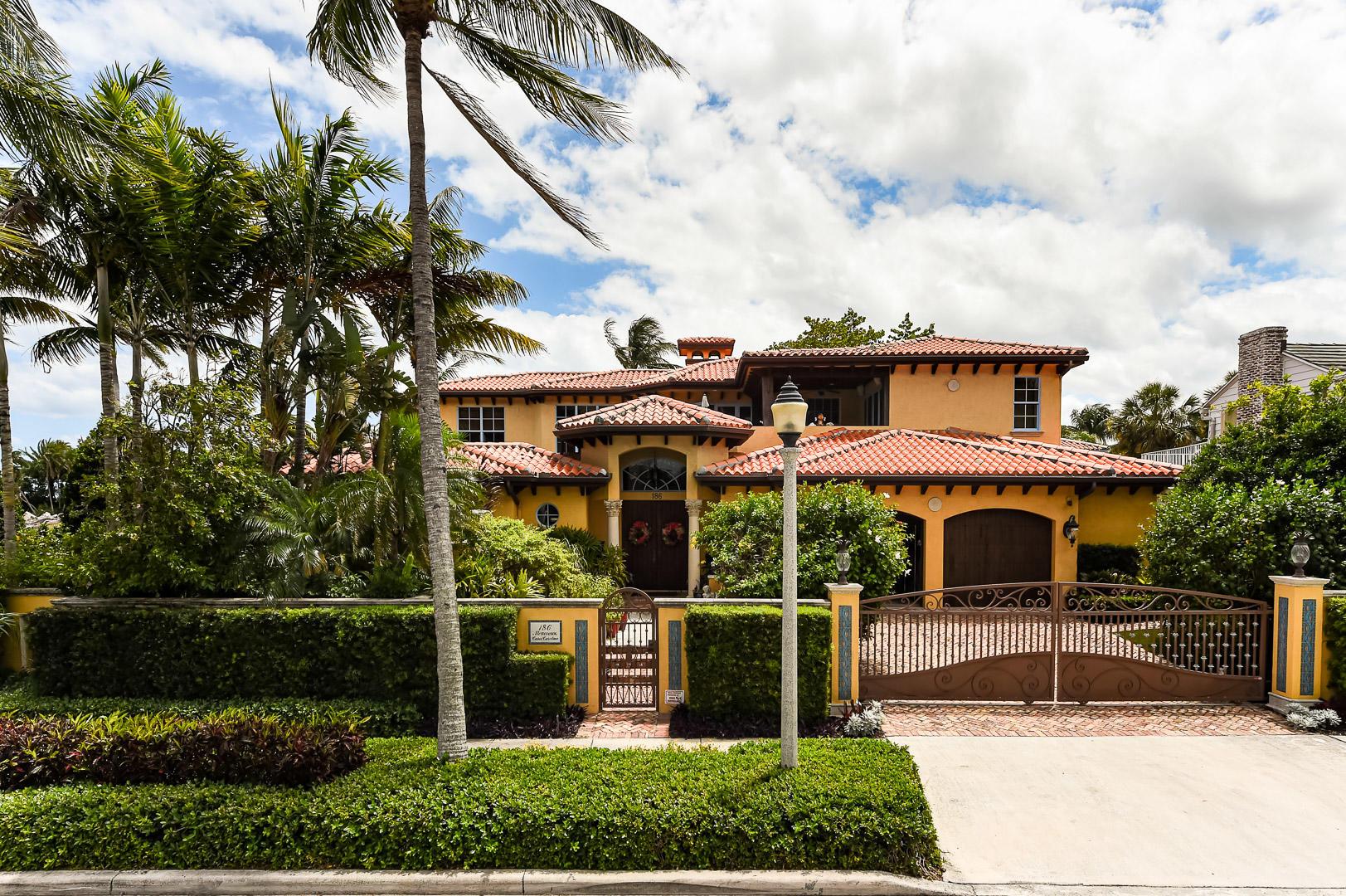 186 Monceaux Road West Palm Beach, FL 33405 photo 4