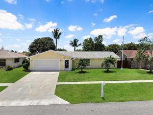5430 Fox Valley Trail, Lake Worth, FL 33463