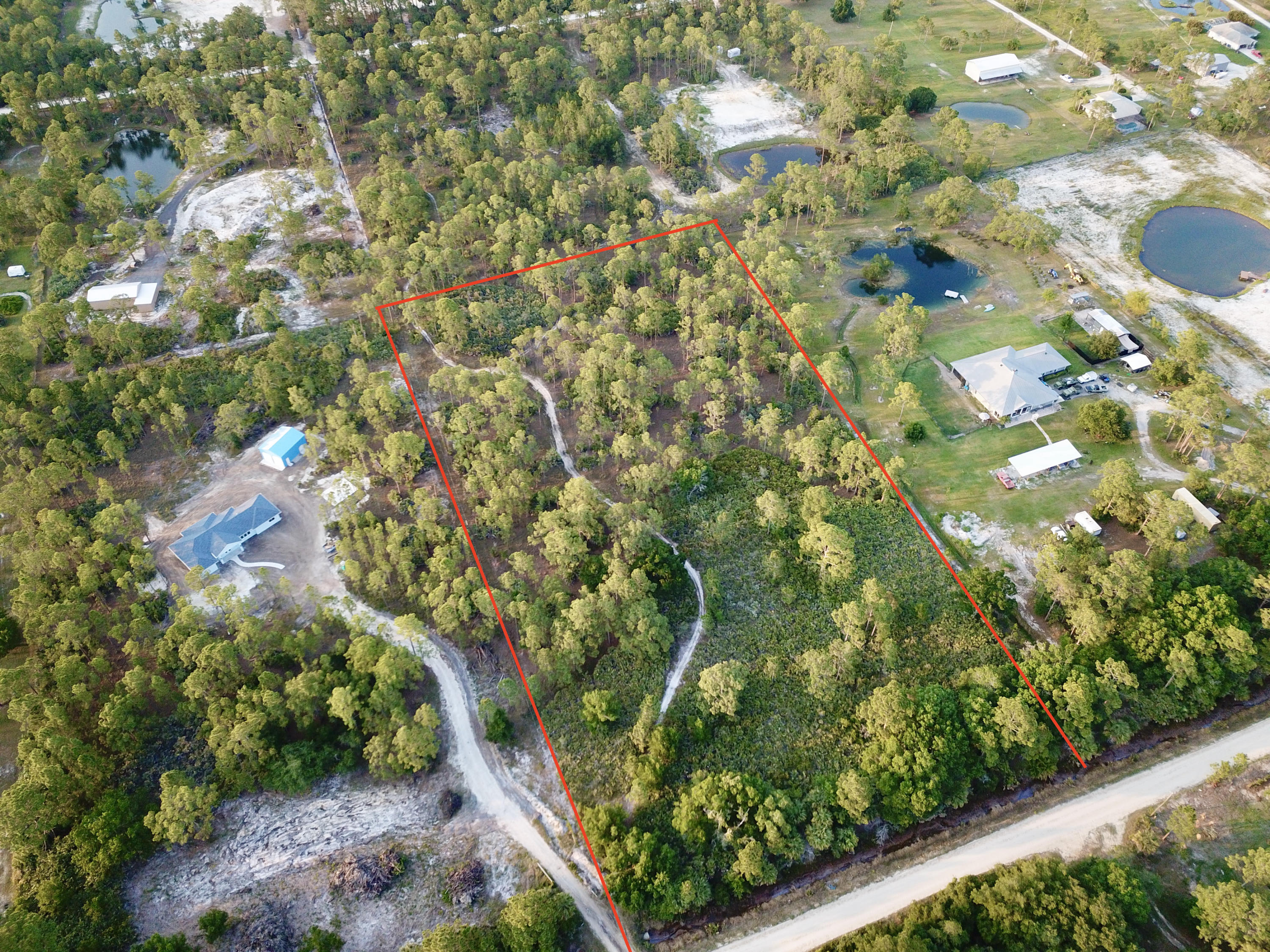 Home for sale in FELLSMERE FARMS CO S/D OF UNSURVEYED TWP 31 RNG 37 Fellsmere Florida