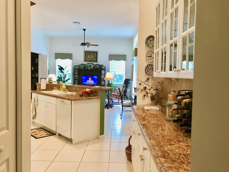 kitchen large pantry