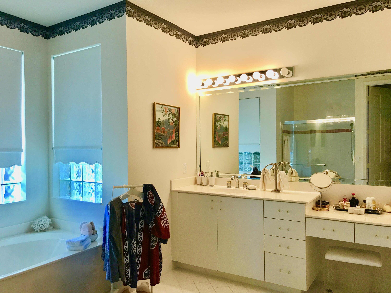 master bath separate tub/shower 2 sinks