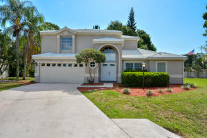 9253 SE Woods End Place, Tequesta, FL 33469