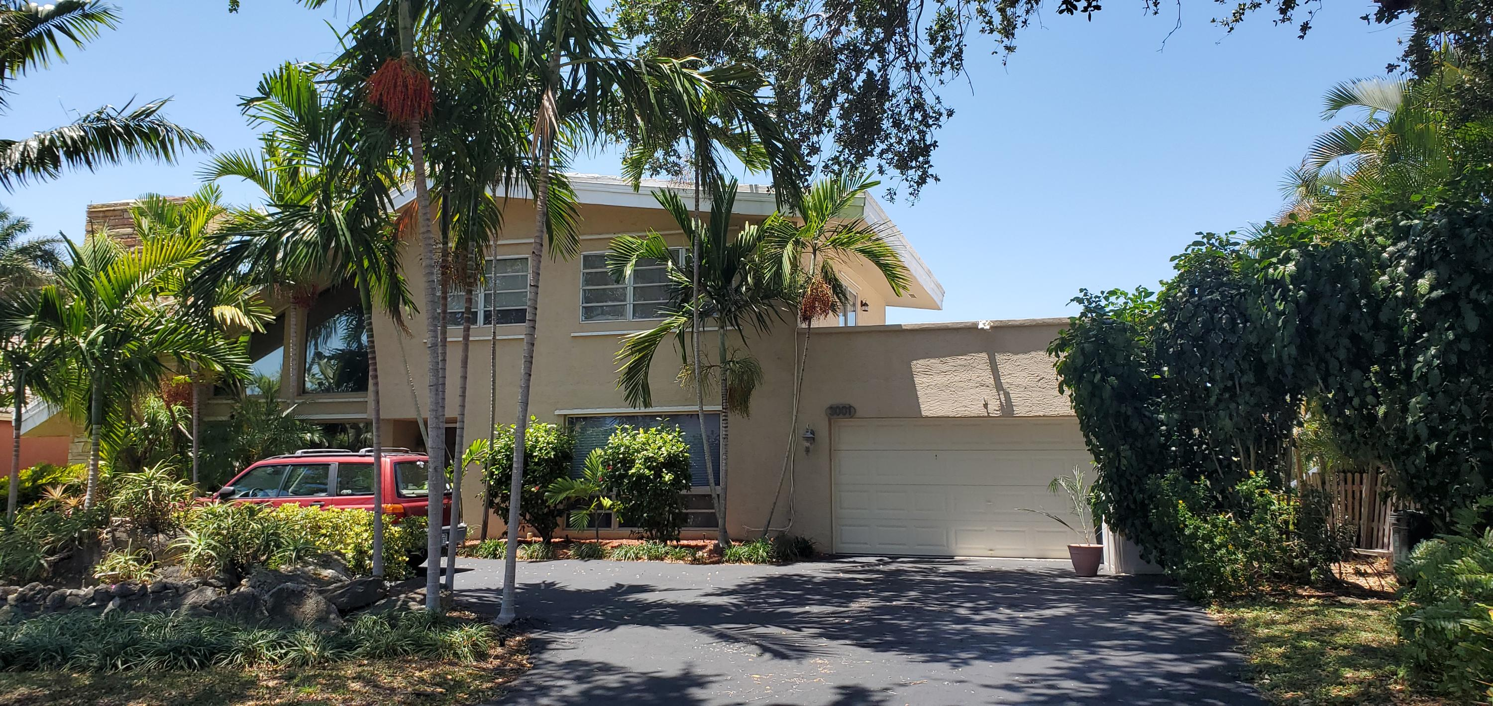 Home for sale in POMPANO WATERWAY ESTATES Lighthouse Point Florida