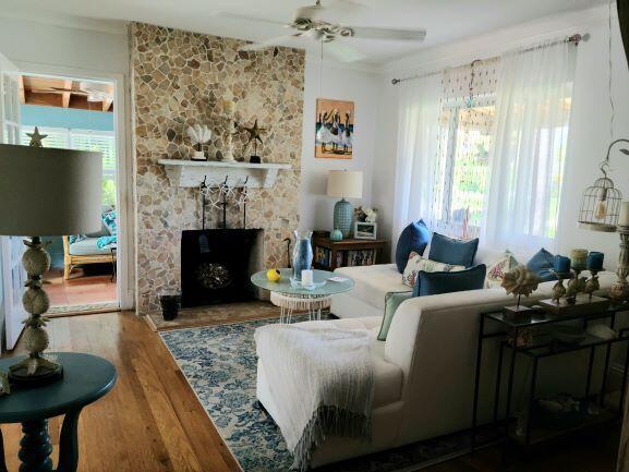 Living Room20