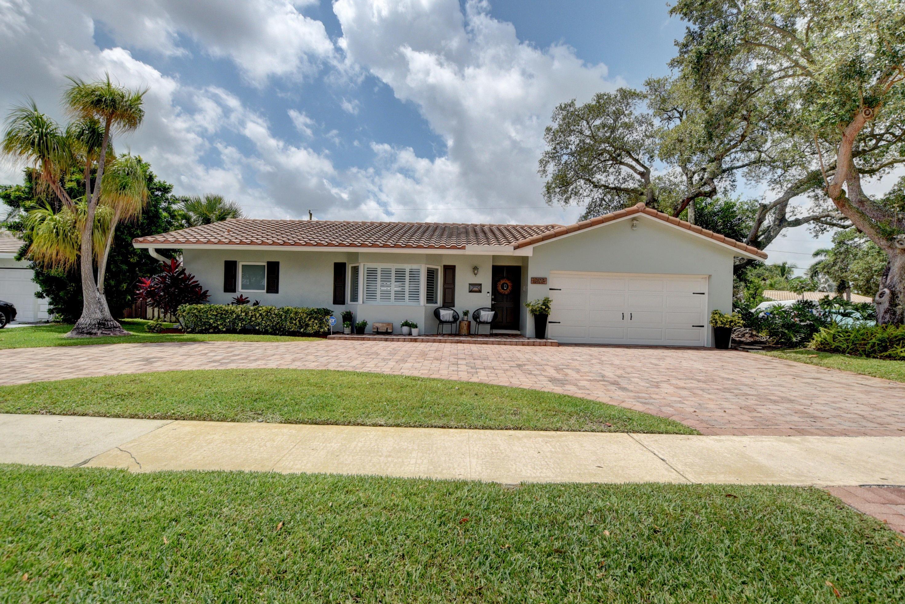 1098 SW 4th Street Boca Raton, FL 33486