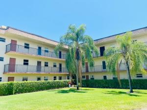715 Lori Drive, 106, Palm Springs, FL 33461