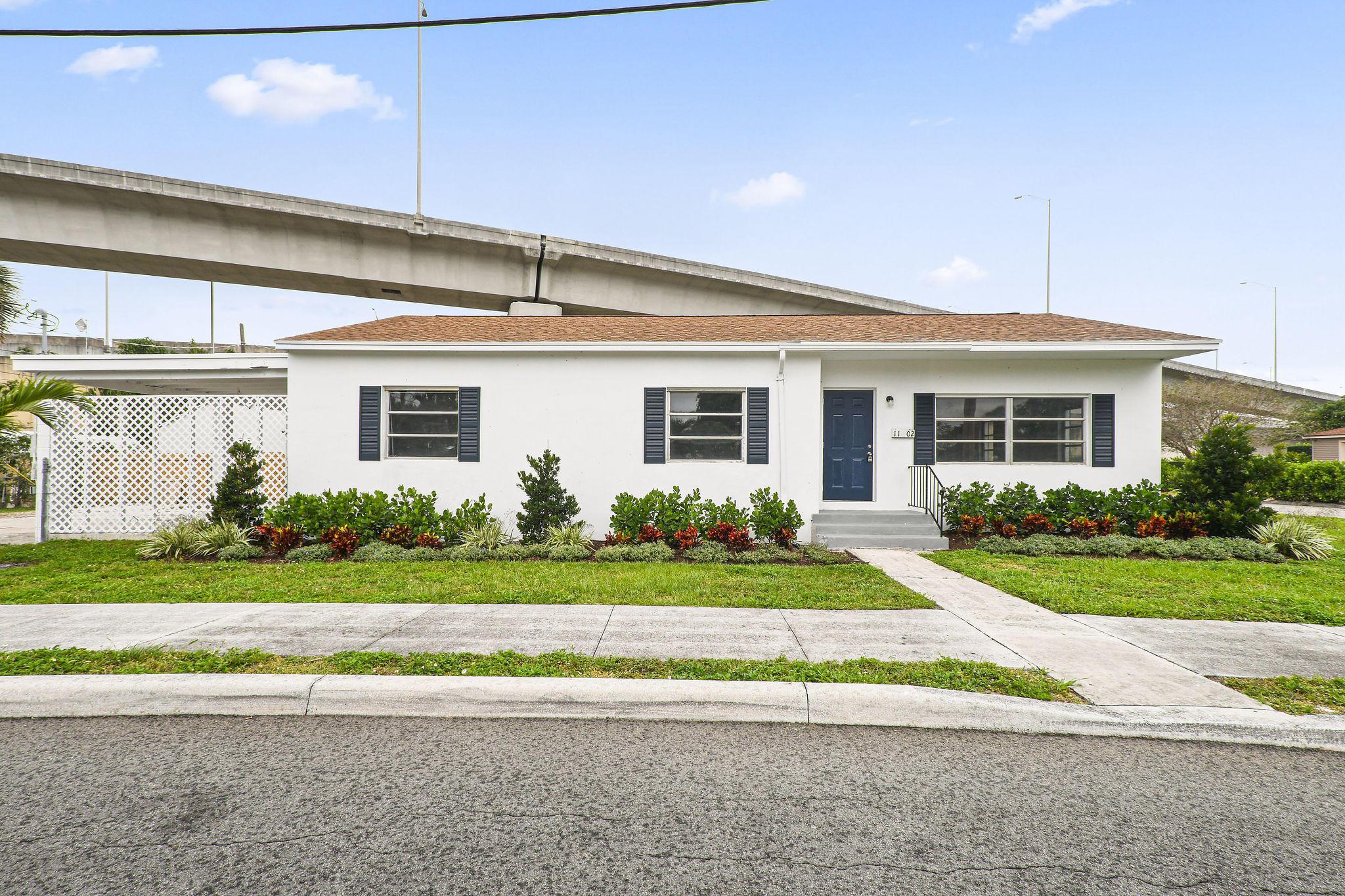 1102  Sunset Road  For Sale 10713712, FL