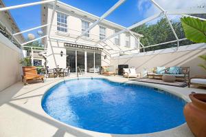 316 Salinas Drive, Palm Beach Gardens, FL 33410
