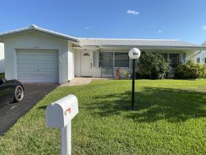 8544 NW 12th Court, Plantation, FL 33322
