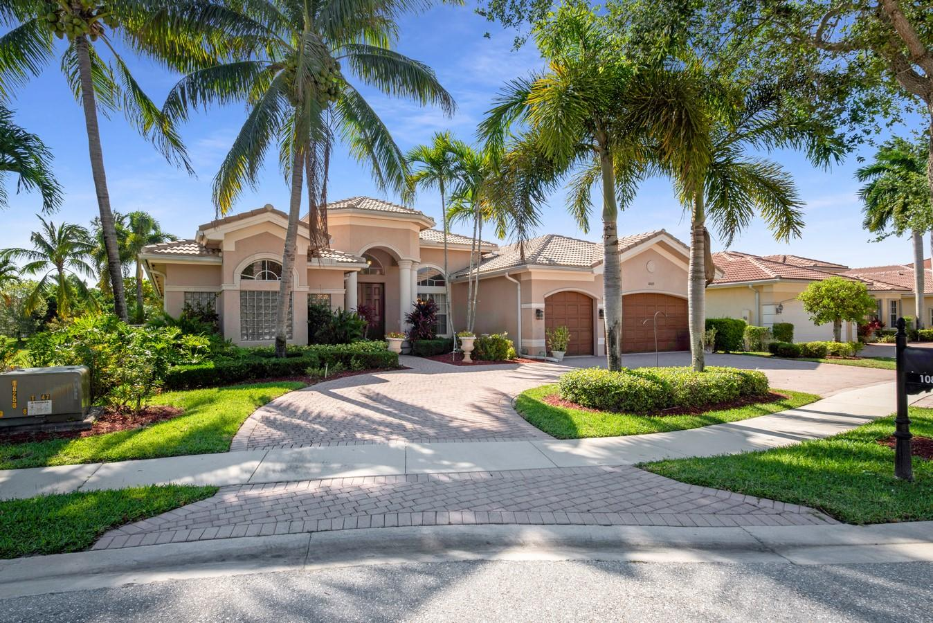 10823 Canyon Bay Lane  Boynton Beach FL 33473