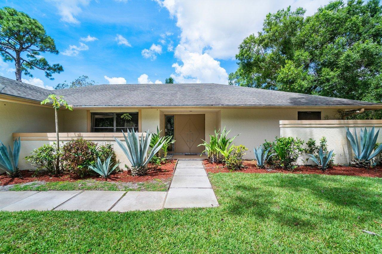 14955 Horseshoe Trace Wellington, FL 33414